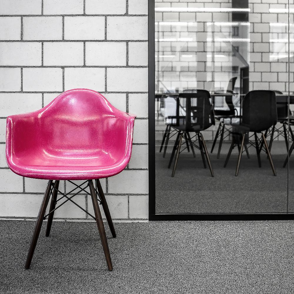 Ticketmaster Gestaltungskonzept Office Stuhl Sitzungszimmer