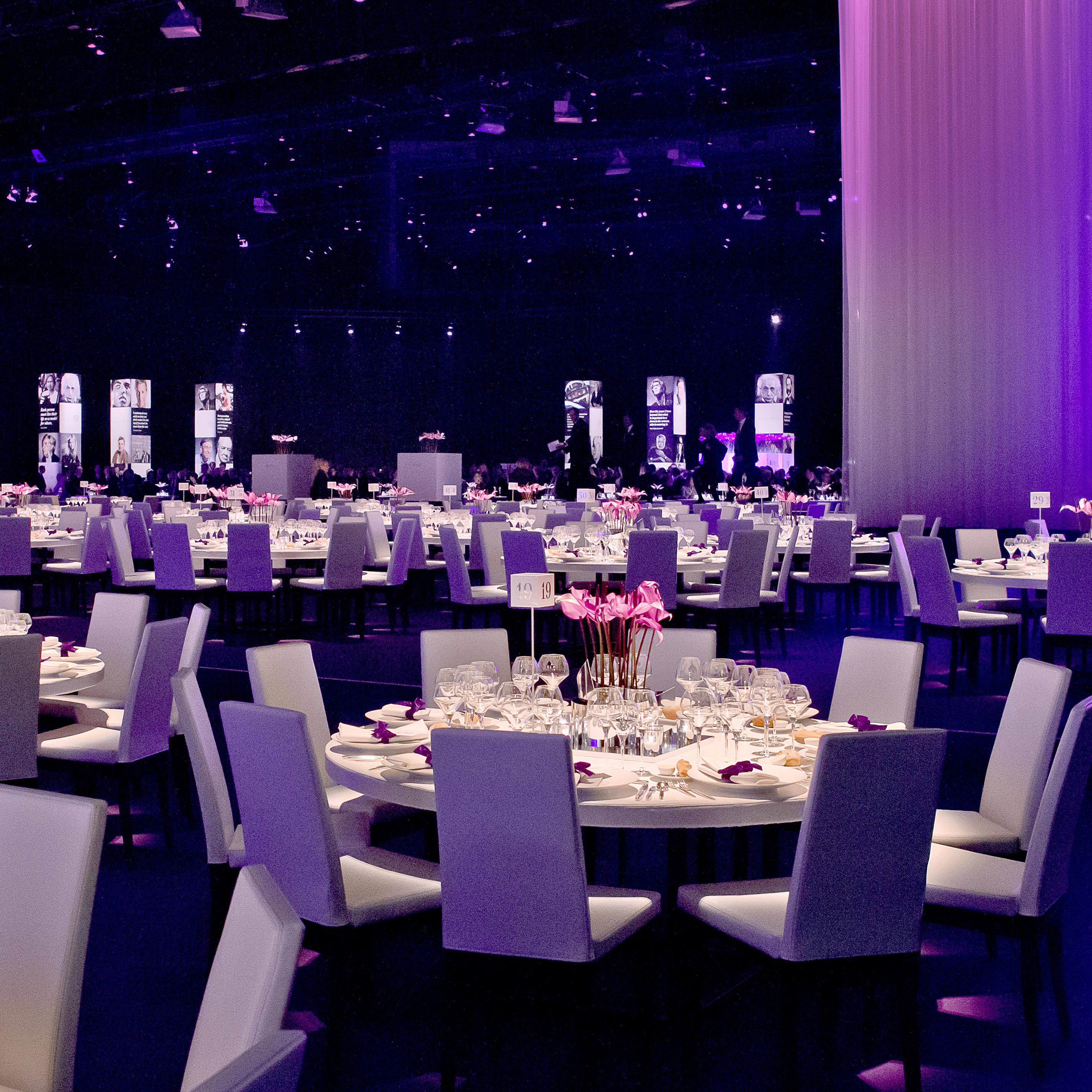 UBS 150 Jahre Jubiläum Tische
