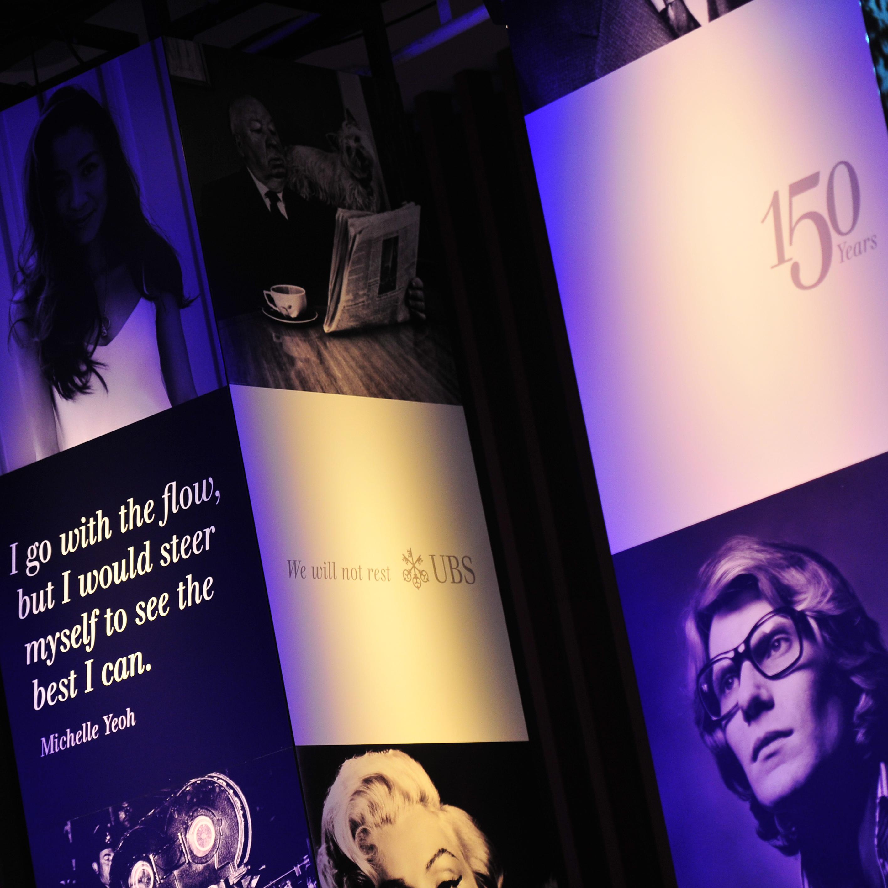 UBS 150 Jahre Jubiläum Singapur Stele