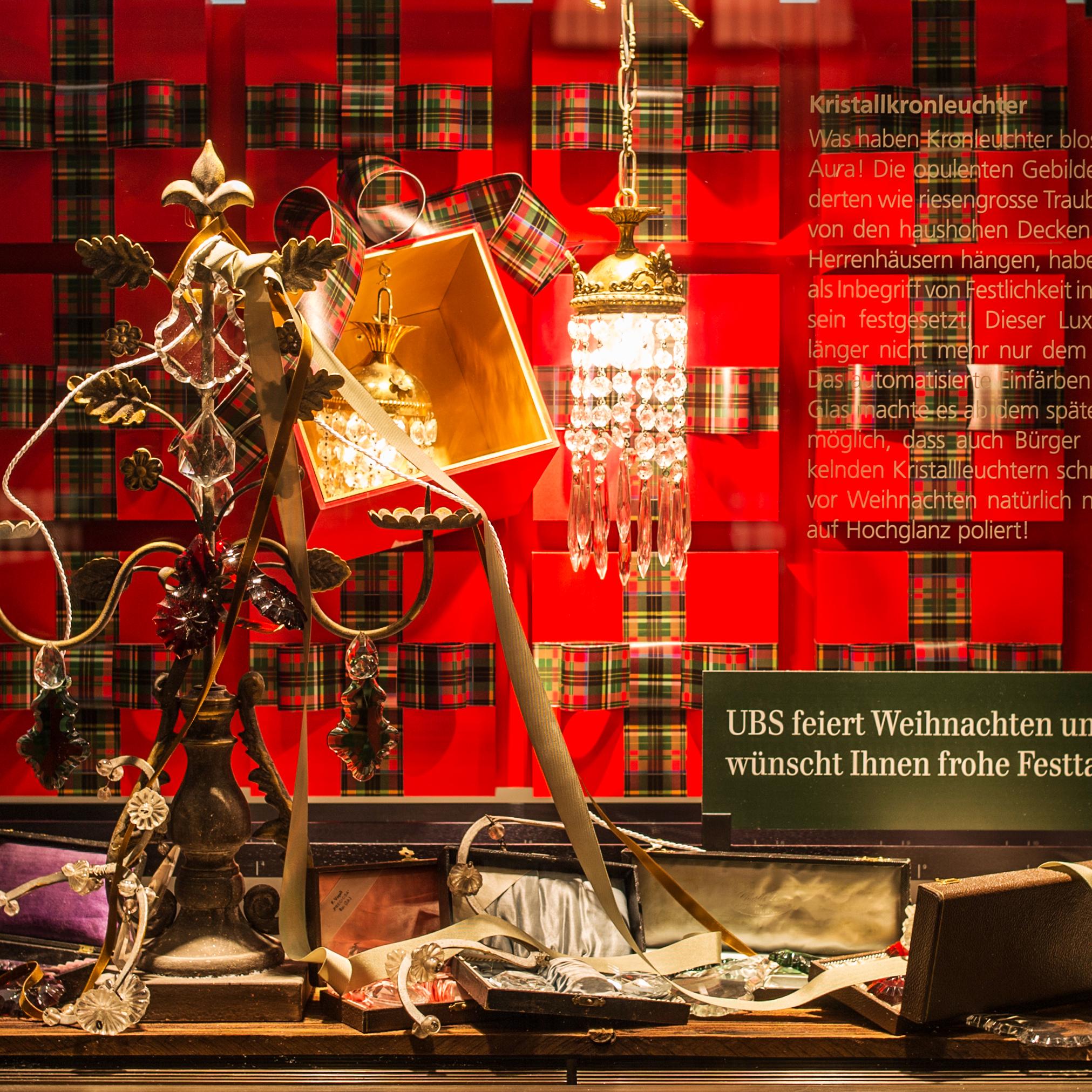UBS Weihnachten 2015 Schaufenstergestaltung Paradeplatz