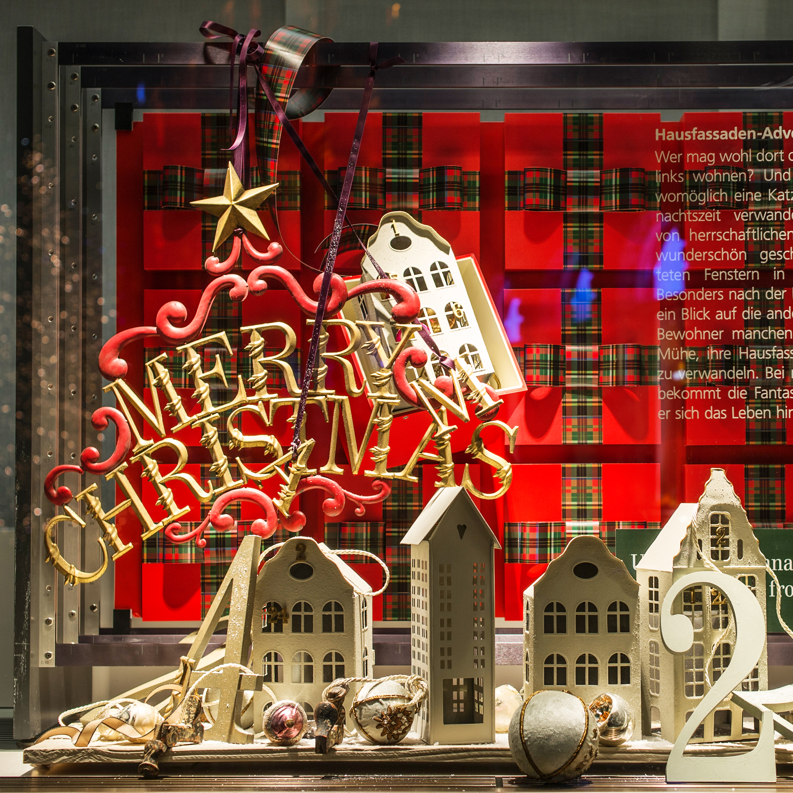UBS Weihnachten 2015 Schaufenstergestaltung Paradeplatz Merry Christmas