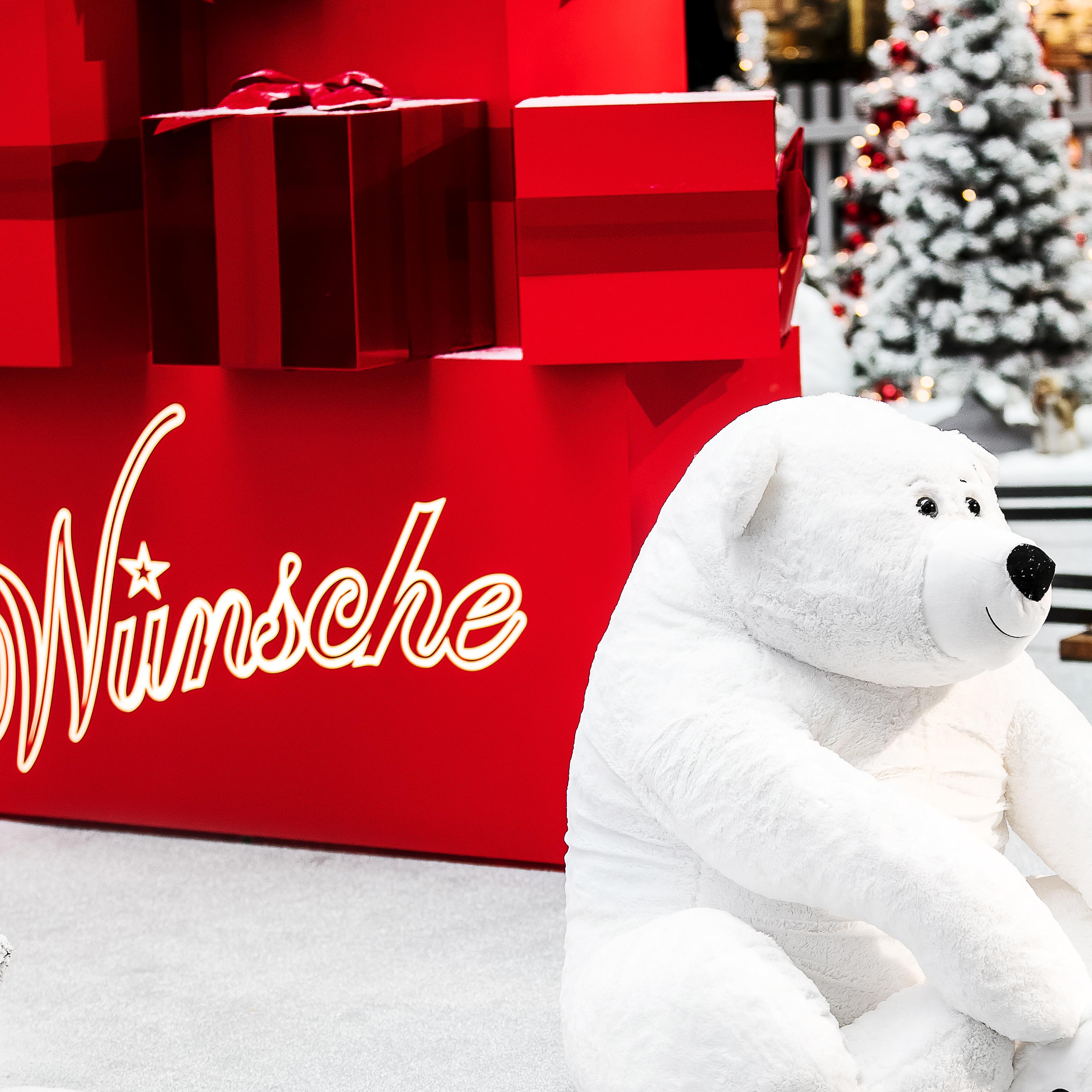 Weihnachten Coop Letzipark Bär