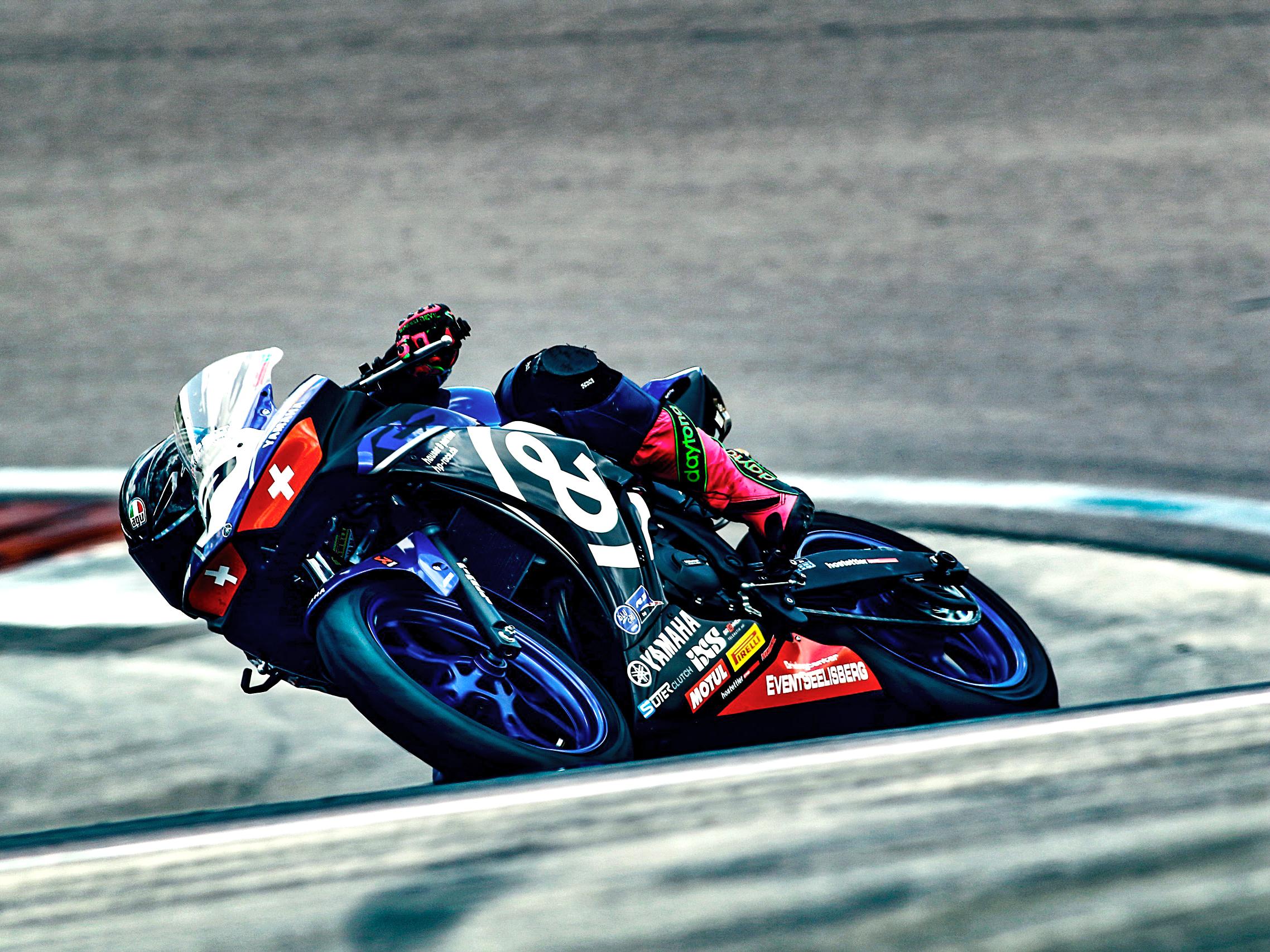 R3 Cup Dijon Sabrina Sabel Motorbike