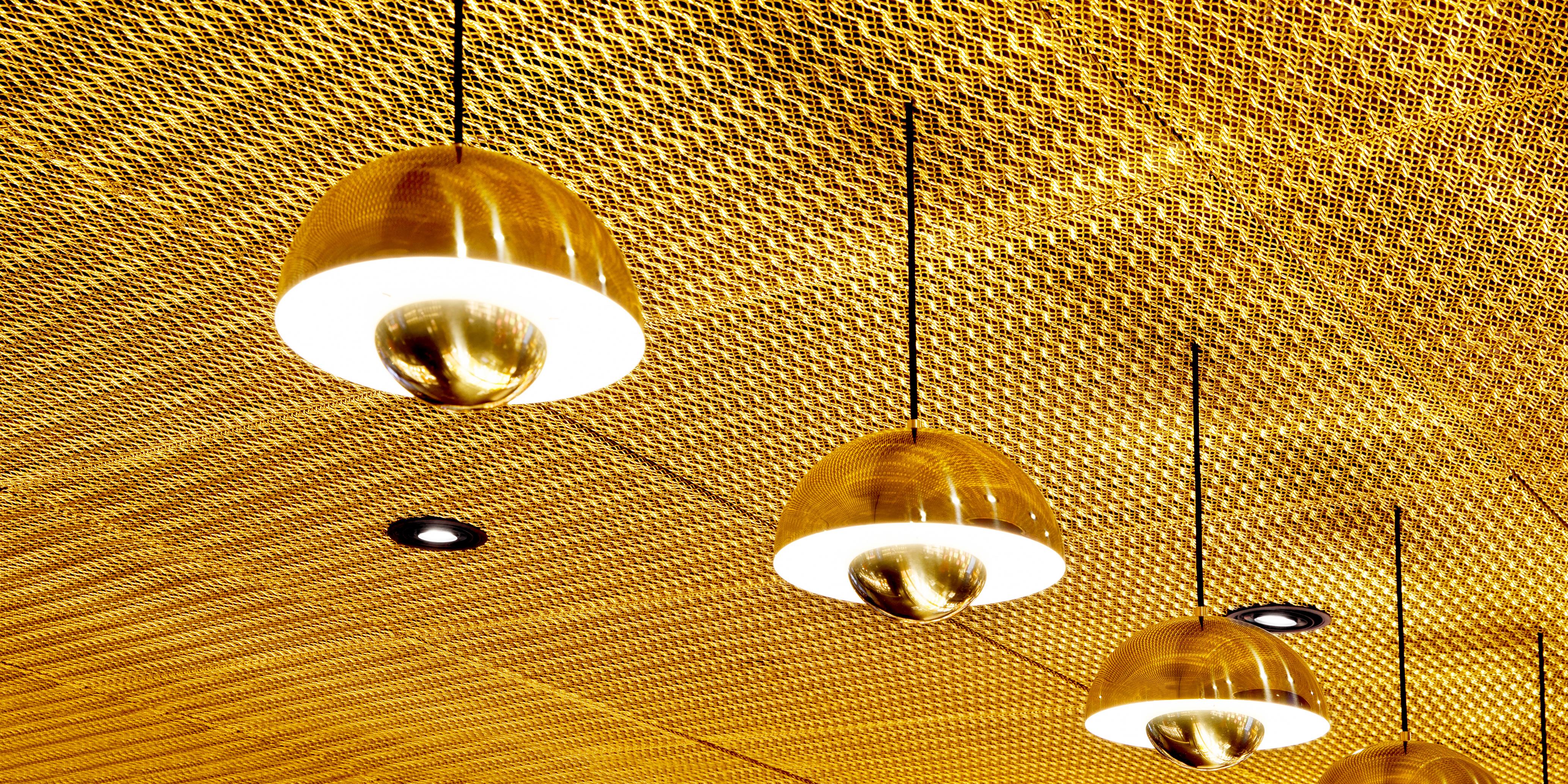 Confiserie Sprüngli Zürich HB Lampen Gold