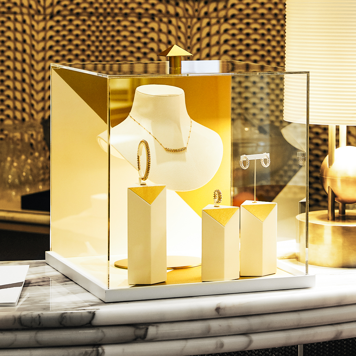 Clash de Cartier Eventdesign Vitrine Design