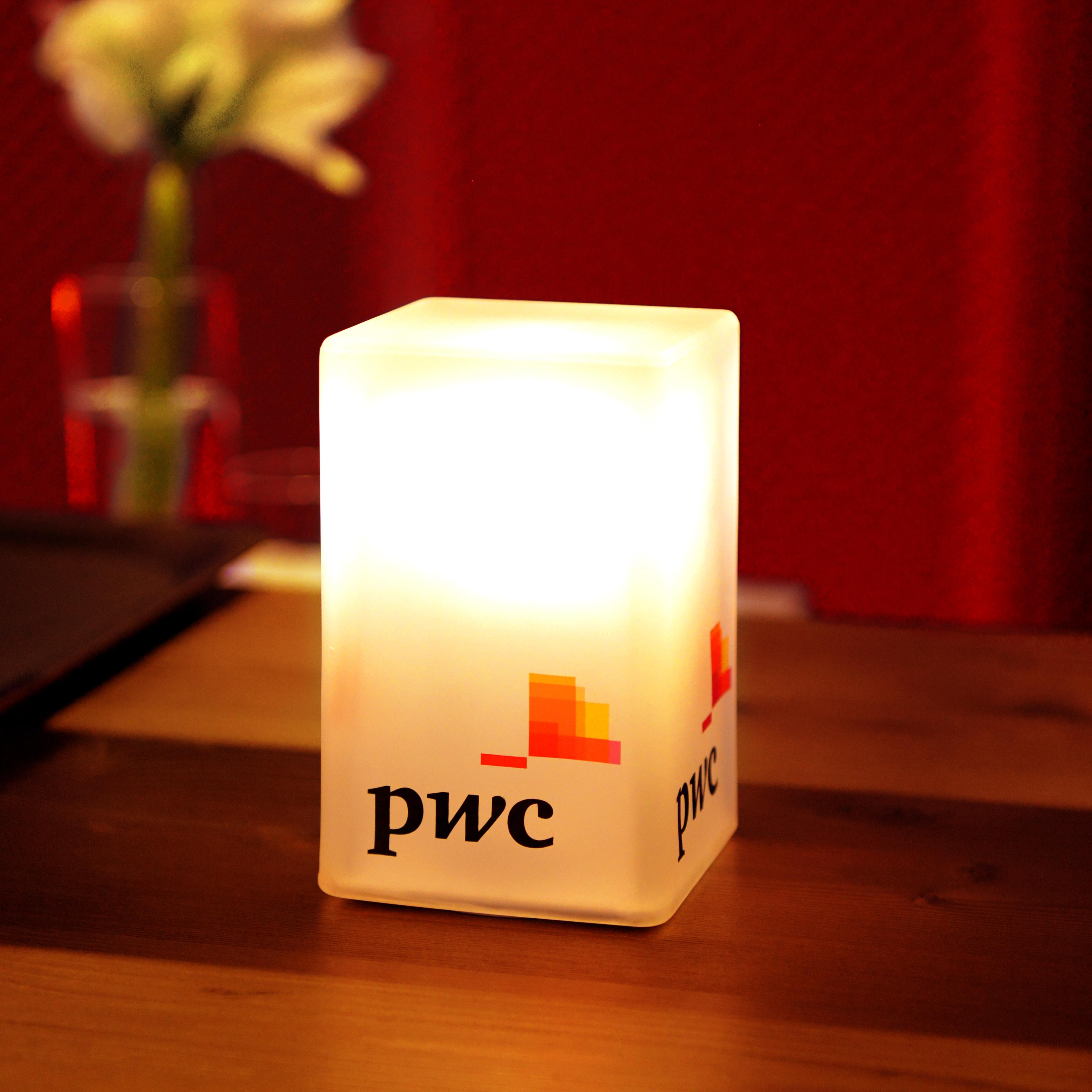 h&p_PWC WEF 2020