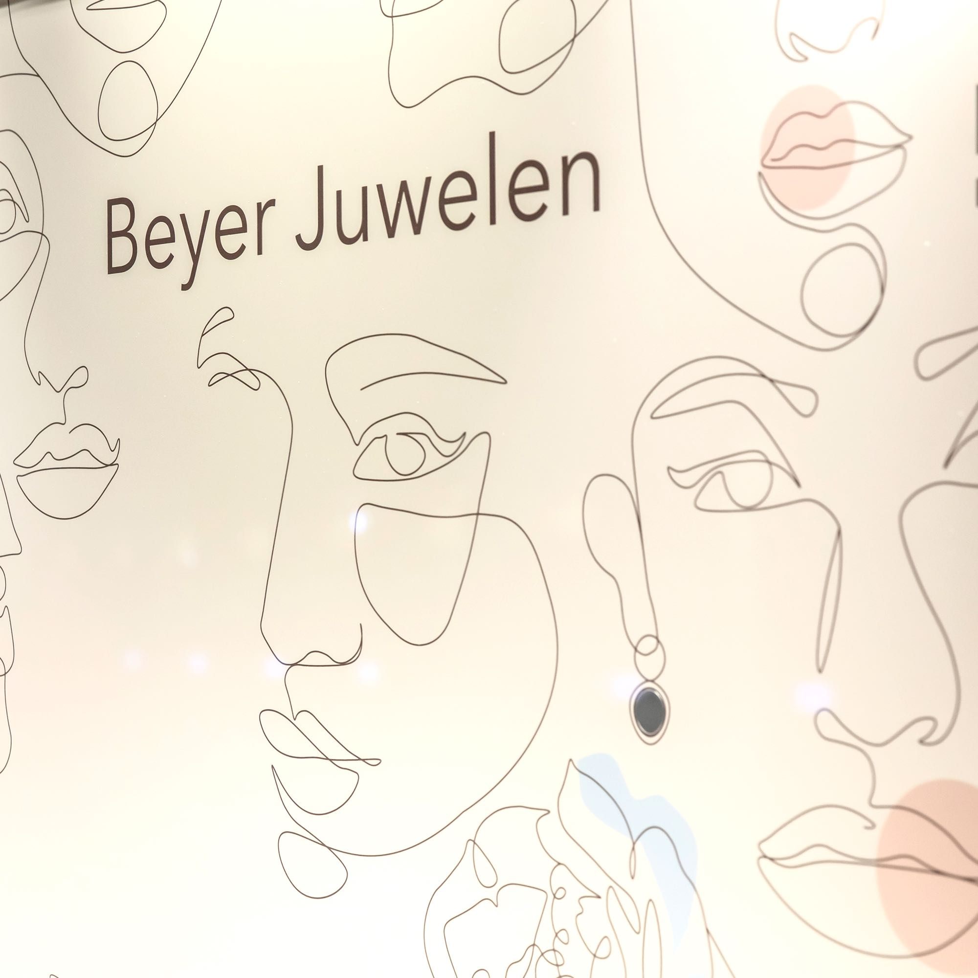 Beyer Frühling - La Création - Detail